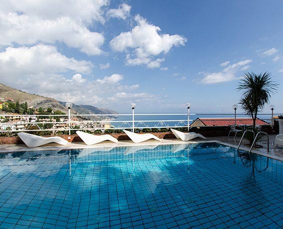 hotel-splendid-taormina-hotel-piscina