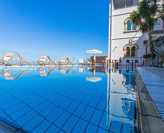 splendid-hotel-taormina-piscina